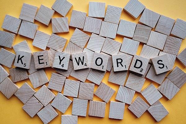 Scrabble letters spelling keywords